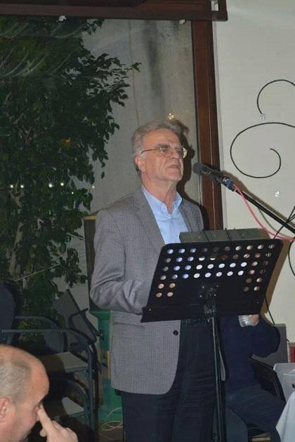 O Σωτήρης Κοντονάσιος καλεί στην ομιλία του Αλέξη Τσίπρα