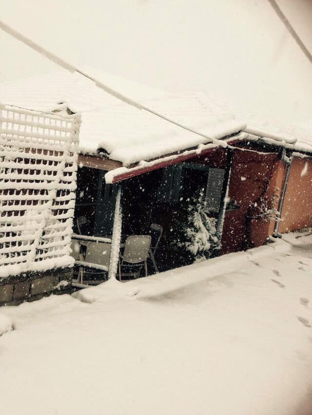 Σκεπάστηκε η Κομποτή από χιόνι