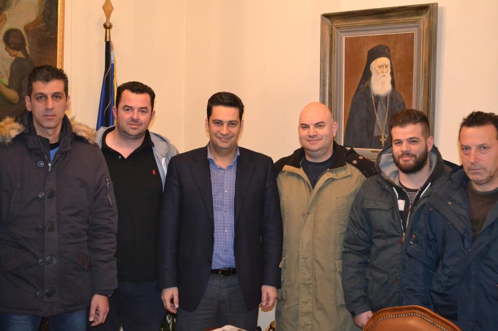Συνάντηση δημάρχου με αντιπροσωπεία της Λέσχης Μοτοσυκλέτας Αγρινίου