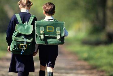 Μείωση αποστάσεων από σπίτι σε σχολείο ζητά ο Κατσιφάρας από τον Κουρουμπλή