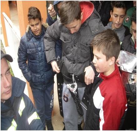 μαθητές-μοναστηράκι-πυροσβέστες1