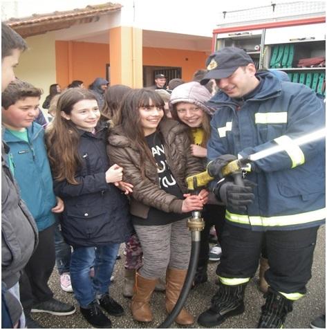 μαθητές-μοναστηράκι-πυροσβέστες5