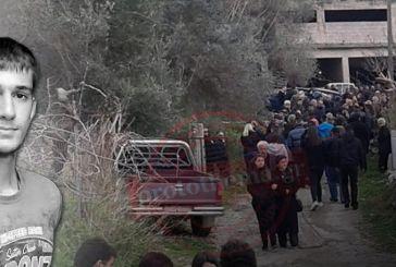 Σπαραγμός στην κηδεία του Βαγγέλη Γιακουμάκη