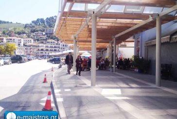 Ξεκίνησε η επιστροφή των εκδρομέων – Γεμάτα τα παραλιακά καταστήματα στην Αμφιλοχία