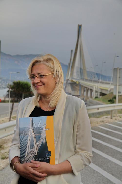 """Η Κρέτσου στη Γέφυρα: """"Πρόκειται για ένα εντυπωσιακό έργο"""""""