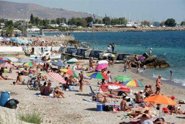 Παραχώρηση παραλίας στους δήμους με τραπεζάκια έξω