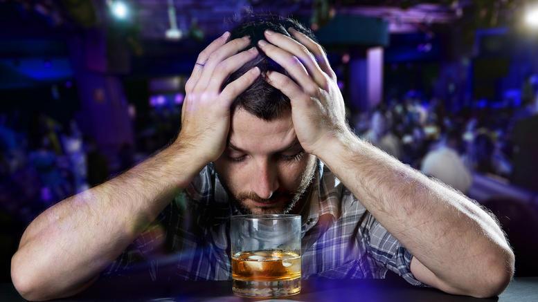 autes-einai-oi-douleies-pou-tha-sas-kanoun-alkoolikous_5.w_l
