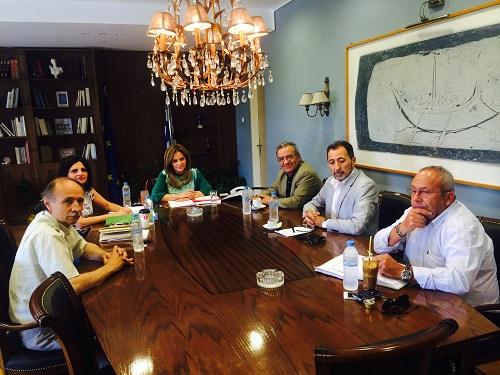 Συνάντηση Σταρακά με τον πρόεδρο του ΟΠΕΚΕΠΕ