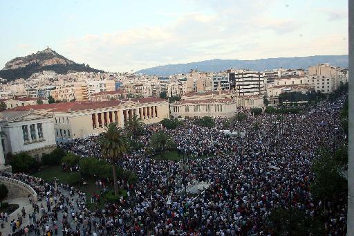 aganaktismenoi-syntagma10