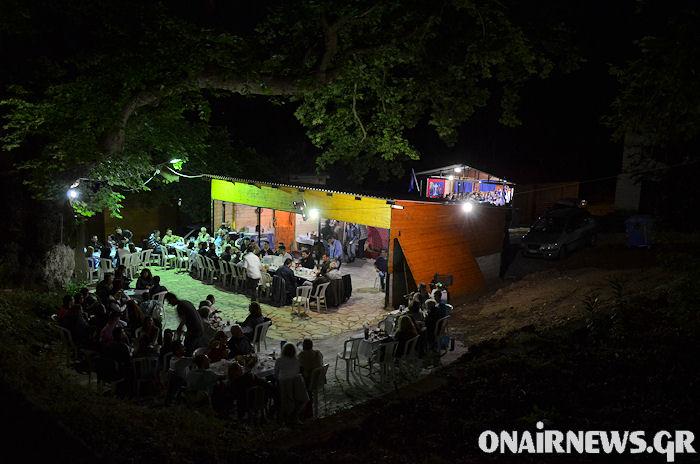 Συνεχίζουν οι Άη Συμιώτες το γλέντι όλο το βράδυ (φωτο)