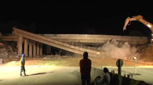 Δείτε πως κατεδαφίστηκε γέφυρα στον κόμβο Ρίου