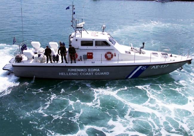Μηχανική βλάβη σε σκάφος ανοιχτά του Μεσολογγίου