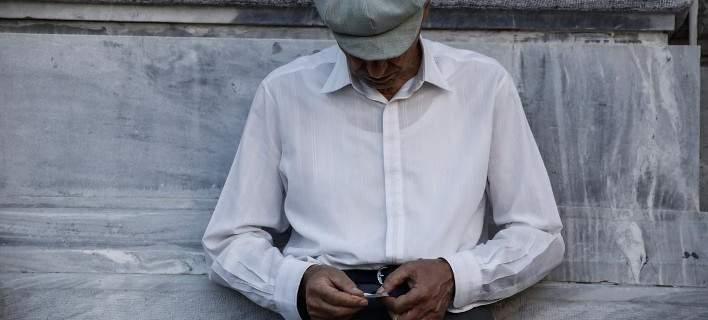 Ποιοι συνταξιούχοι δικαιούνται αναδρομικά και πόσα – Πίνακες