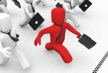 Αξιολόγηση και «ευέλικτη διοίκηση» – Τι περιλαμβάνει το ν/σ Βερναρδάκη για το Δημόσιο