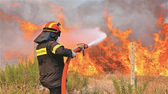 """""""Κίτρινος"""" συναγερμός σήμερα στην Αιτωλοακαρνανία-προβλέπεται υψηλός κίνδυνος πυρκαγιάς"""