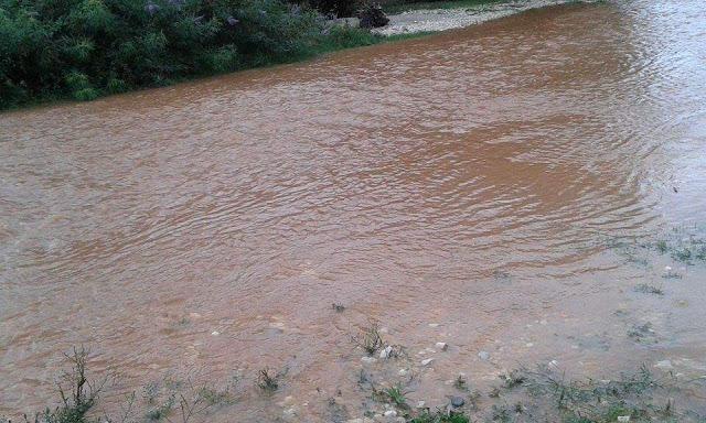 Ποτάμια οι δρόμοι της Κανδήλας!
