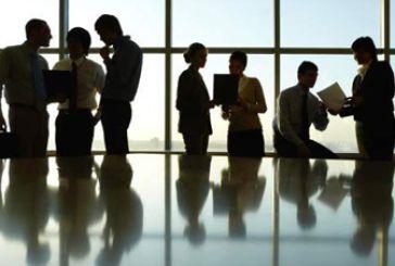 ΙΚΑ: Αυτός είναι ο μέσος μισθός των ιδιωτικών υπαλλήλων