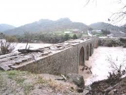 Κραυγή αγωνίας -δυο γέφυρες υπό εξαφάνιση