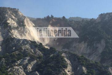 Κατολισθήσεις από το σεισμό στους Εγκρεμνούς: Καλύφθηκαν από τόνους χώματος