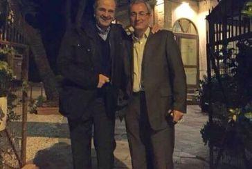Η συνάντηση Σαμαρά- Κωνσταντάρα και η αποχή από κομματικά δρώμενα