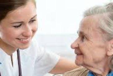 Πρόγραμμα για νοσηλευτική τρίτης ηλικίας- 818 ευρώ μηνιαία αμοιβή