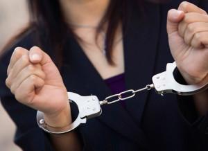 σύλληψη-γυναίκας