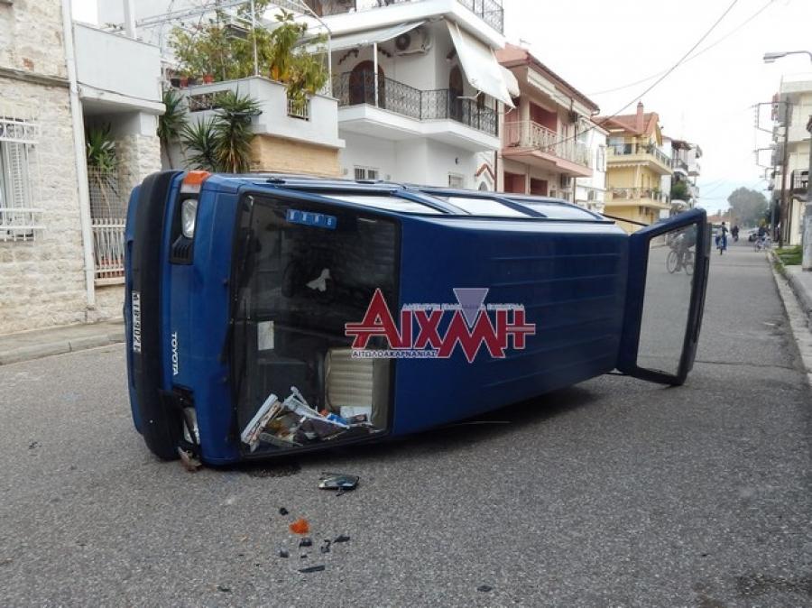 Μεσολόγγι: Έφερε τούμπα στη μέση του δρόμου…