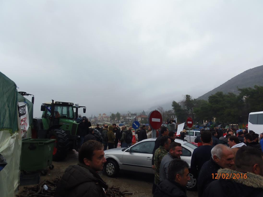 Στο δρόμο για Αθήνα οι αγρότες του Νομού (φωτό)