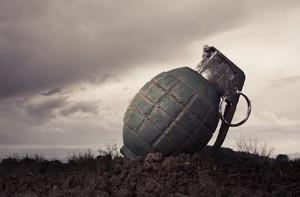 Κτηνοτρόφος βρήκε χειροβομβίδα στο Αμπελάκι, έσπευσαν πυροτεχνουργοί του στρατού