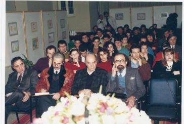 Τι γύρευαν το 1992 στο Αγρίνιο οι αστέρες της δημοσιογραφίας (φωτό)