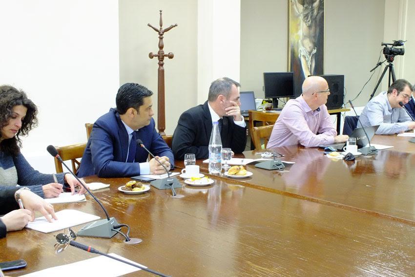 Φωτό από τη σύσκεψη