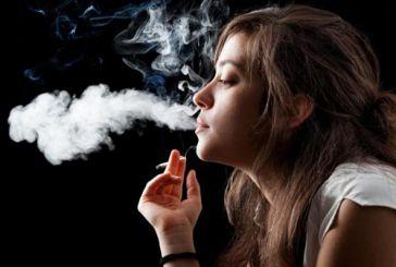 Μάστιγα το κάπνισμα στην Ελλάδα: Οι Ελληνίδες δεν το κόβουν ούτε στην εγκυμοσύνη