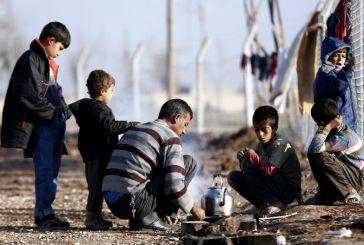 Ερευνα: Οι Ελληνες στηρίζουν τους πρόσφυγες, αλλά είναι αρνητικοί στους μετανάστες
