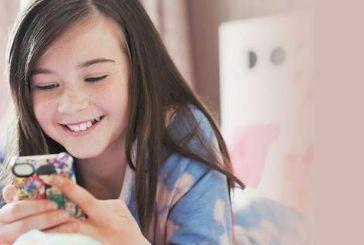 Eλλάδα: Σήμα κινδύνου από τους επιστήμονες για τη σχέση των μαθητών με τα social media