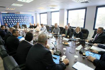 Συμφωνία για τηλεοπτικά, τεχνοκράτη και διαιτησία στη Λίγκα