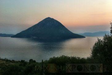 Κάλαμος, Το μικροσκοπικό νησί, όπου δρούσαν οι περίφημοι πειρατές, Τηλεβόες.