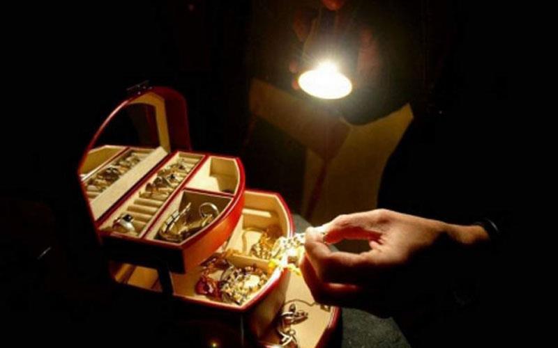 Κλοπή χρυσαφικών από οικία στη Βόνιτσα