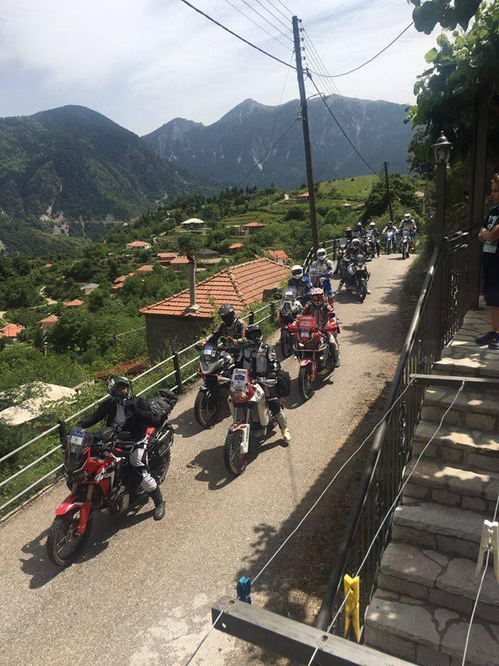 Ιταλοί μοτοσικλετιστές στην Ορεινή Ναυπακτία