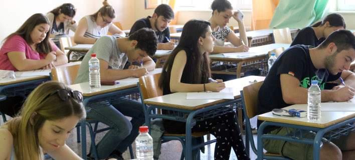 Πανελλήνιες: Το νέο σύστημα που ετοιμάζει το υπουργείο Παιδείας