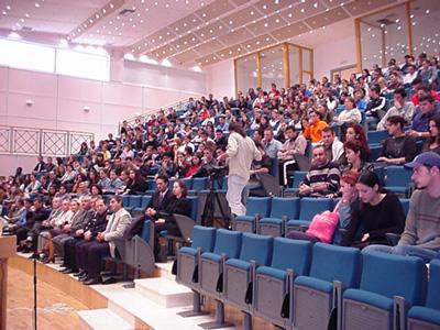 """ΠΑΣΟΚ για τη στέγαση φοιτητών στο Μεσολόγγι: """"το αυτονόητο δεν προσφέρεται για πανηγυρισμούς"""""""