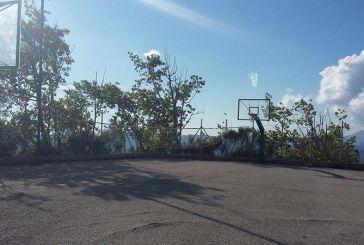 Άγιος Βλάσης: το γήπεδο μπάσκετ χρειάζεται άμεση επισκευή