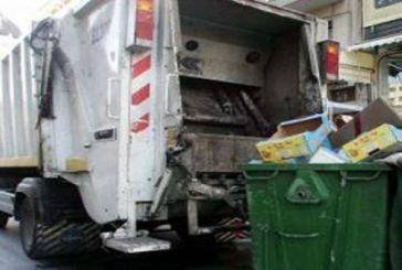 «Πόσα χρόνια έχουν να περάσουν ΚΤΕΟ τα οχήματα καθαριότητας του Δήμου Μεσολογγίου»;
