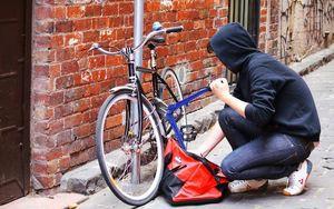 Έκλεψαν ποδήλατα