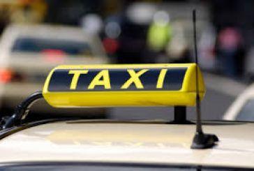 Δικογραφίες σε βάρος οδηγών ταξί για υποκλοπή μεταφορικού έργου