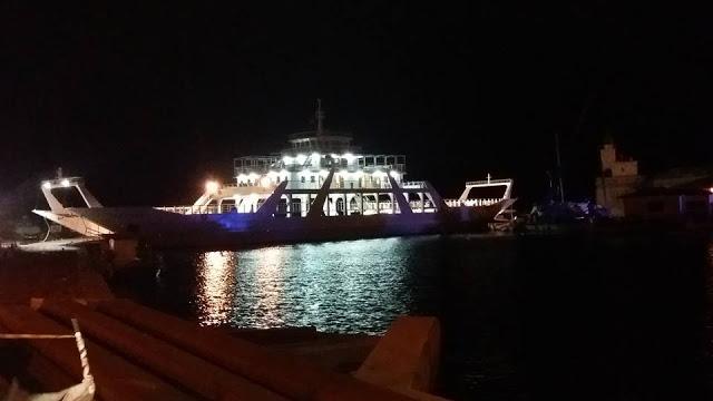 Η πλωτή γέφυρα της Λευκάδας φεύγει για επισκευή