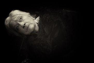 «Εκάβη, μια πρόσφυγας» στα αρχαία θέατρα Στράτου και Δήλου από το ΔΗ.ΠΕ.ΘΕ. Αγρινίου