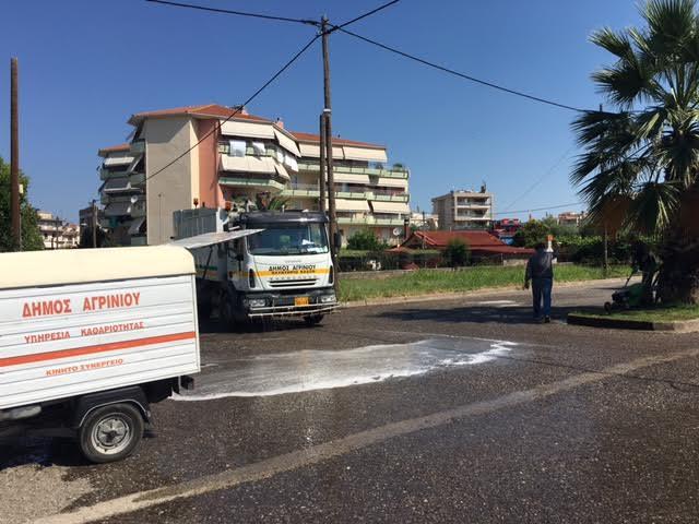 Συνεχίζεται ο καθαρισμός κοινόχρηστων χώρων στο Δήμο Αγρινίου