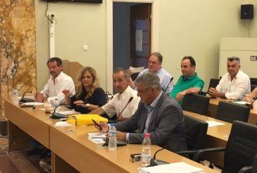 Καζαντζής: προκαλούν τον γέλωτα οι απρέπειες Καλαμπαλίκη