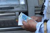 Έστηνε καρτέρι στα ΑΤΜ και άρπαζε χρήματα από ηλικιωμένες ένας 26χρονος στο Αγρίνιο