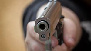 ebale-benzini-plirwnontas-me-pistoli.w_hr